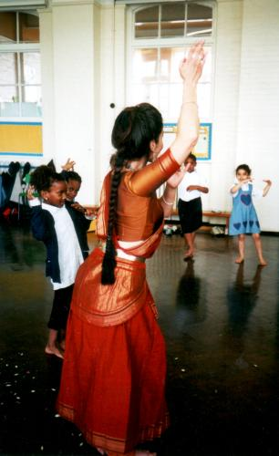 [ Fabrizia teaching girls Indian dance at school ]